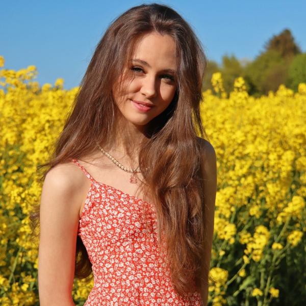 Family Flash by Nini
