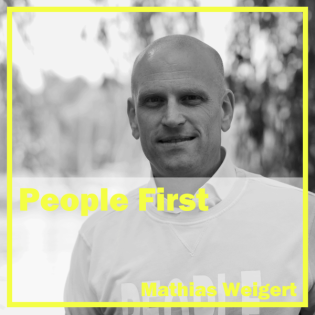 People First // by digital kompakt