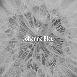 Johanna Blau - Die Wahrheit versteckt sich hinter Wolkenbildern