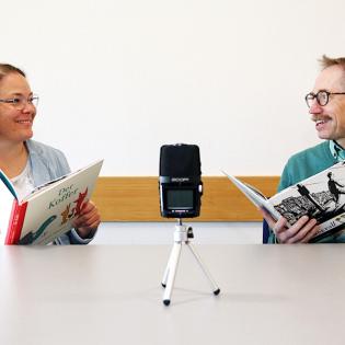 """""""Ich höre was, was du nicht siehst."""" - Der Bilderbuchpodcast mit Lena und Gert"""
