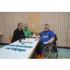 Würzmischung #101/ Rollstuhlbasketballer und Fußgänger