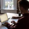 """DGB-Chef: """"Falsche Zeit Hygieneregeln und Tests in Betrieben abzuschaffen"""""""