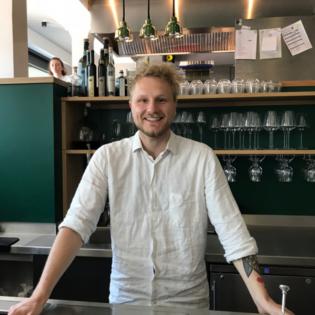 Restaurant Klinker | Auf ein Bier mit Aaron