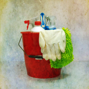 #58 - Simone Saitenfeder - putzen wie ein Putzteufel