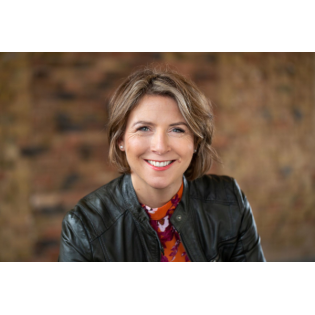 #56 mit der Kommunikationsberaterin Nina Mülhens: Wie mache ich mich und andere sichtbar?