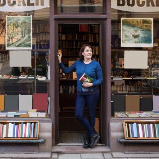 Online bestellen – lokal kaufen: die Buchhandelsplattform genialokal.de