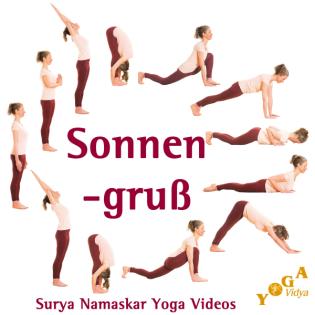 Yoga Sonnengruß mit Surya Mantras an der Nordsee
