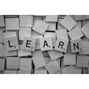 Lernmöglichkeiten mit Wundern, Kurven, nassen Füßen und geheimen Wegen