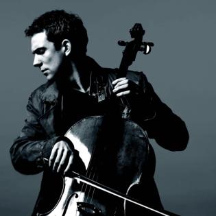 Der Cellist Johannes Moser