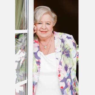 Margot Schmitt, Friseurin